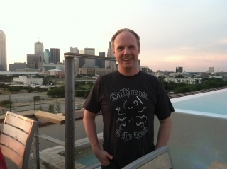 California Ocho Locos T-shirt in Dallas