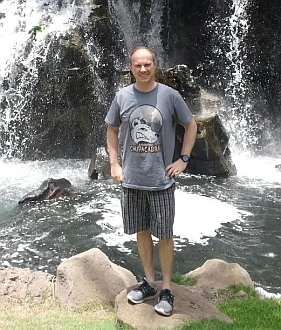 Albuquerque Chupacabras T-shirt in Maui