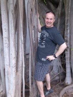 California Ocho Locos awesome t-shirt
