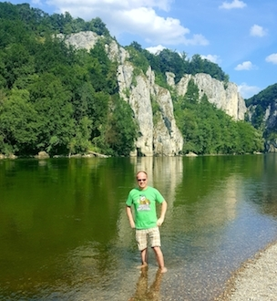 Nashville Bootleggers in the Danube River