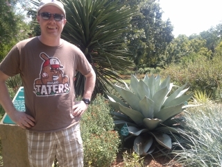 Idaho Taters T-shirt at the Dallas Arboretum
