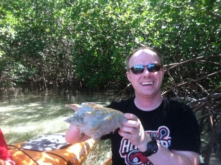 Las Vegas Hookers Awesome Sports T-shirt  Conch pic