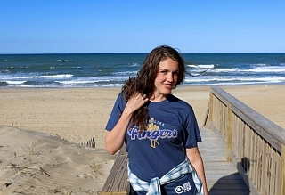 Middleton Fingers beach outfit
