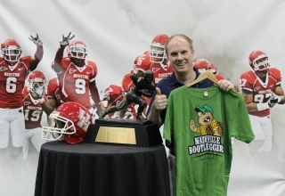 Nashville Bootleggers Heisman Trophy awesome t-shirt